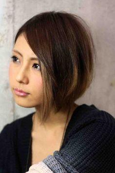 海外セレブ髪型・グラデーションカラーボブ