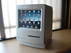 Best ever iPad stand, from a Japanese geekery site.... do i mod out my 1988 Mac 2? hmmmm....