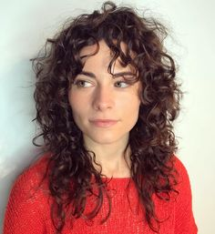 60 Styles and Cuts for Naturally Curly Hair Medium Curly Layered Hairstyle Curly Hair Fringe, Thin Curly Hair, Curly Hair With Bangs, Haircuts For Curly Hair, Curly Hair Tips, Hairstyles With Bangs, Curly Hair Styles, Natural Hair Styles, Layered Curly Haircuts