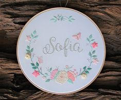 Hand Embroidery Videos, Embroidery Letters, Hand Embroidery Flowers, Embroidery Hoop Art, Hand Embroidery Patterns, Custom Embroidery, Ribbon Embroidery, Learning To Embroider, Brazilian Embroidery