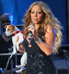 Mariah Carey performs onstage with her dog  - www.more4design.pl – www.mymarilynmonroe.blog.pl – www.iwatmore.pl