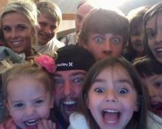 Shaytards and family (: Such happy people Youtube Vloggers, Im Just Tired, Shaytards, Being Good, Daddy Yankee, Happy People, Grace Kelly, No One Loves Me, Really Funny