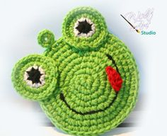 Crochet Green Frog Potholder by WolfArtStudio on Etsy, $13.00.