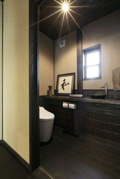 和と洋のアンティークが 調和した和モダンな家   お客様の家・施工例   株式会社弘栄工務店