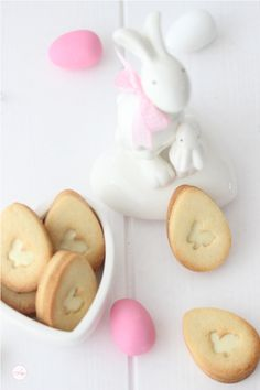 Bunny Cookies with white chocolate by Lisbeths Cupcakes