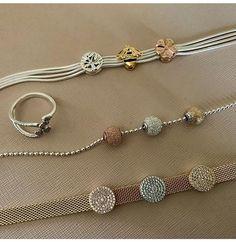 Pandora Jewelry OFF! Pandora Beads, Pandora Bracelet Charms, Pandora Jewelry, Charm Jewelry, Jewelry Art, Fashion Jewelry, Jewellery, Pandora Collection, Platinum Earrings