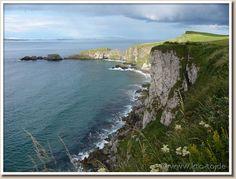 Google Image Result for http://www.kto-to.de/thumbs_0/ireland-landscape-p1100444.jpg