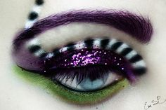 *~*mAlice in Wonderland*~* This would be a cool mad hatter look!