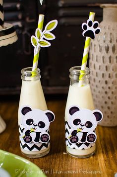 Panda Bear Milk Bottles from a Panda Lover Birthday Party Panda Themed Party, Panda Birthday Party, Panda Party, Bear Party, Baby Birthday, Birthday Party Decorations, Baby Shower Decorations, Bolo Panda, Panda Baby Showers