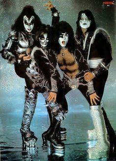 kiss guitarist ace frehley 1970s | Rockstar Idols, Guitars Guitar, Kiss Bruce, Guitarist, Guitar Players ...