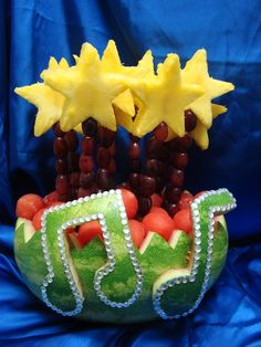 Fruit display ideas awesome watermelon carving New Ideas Music Themed Parties, Music Party, Watermelon Carving, Carved Watermelon, Watermelon Basket, Watermelon Fruit, Strange Fruit, Fruit And Vegetable Carving, Food Carving