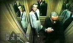 Diana, Princess of Wales & Dodi Al Fayed: footage taken from the CCTV system at the Ritz Hotel in Paris on 30 and 31 August showing what happened at th. Princess Diana And Dodi, Diana Dodi, Princess Diana Images, Princess Diana Funeral, Princes Diana, Princess Of Wales, Lady Diana Spencer, Funeral Da Princesa Diana, Dodi Al Fayed