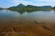 See through water, Gal Oya National Park, Sri Lanka (www.secretlanka.com)