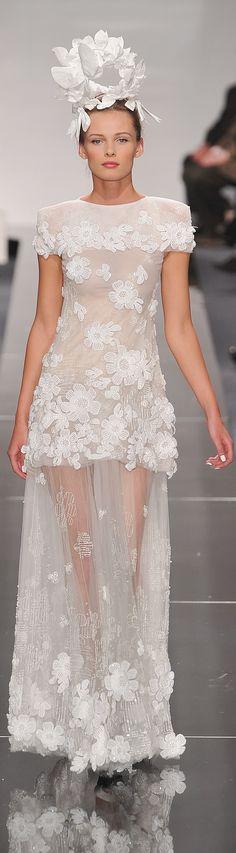 Chanel spring 2009 HC.