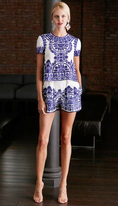 Summer Style: Royal blue ethnic floral pattern embroidered white top +mini pants Naeem Khan Resort 2015 #Fashion #Resort15