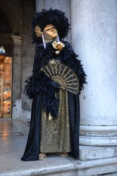 Mysterious and beautiful ......  Venice Carnival 2011
