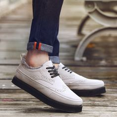 29.00$  Watch now - https://alitems.com/g/1e8d114494b01f4c715516525dc3e8/?i=5&ulp=https%3A%2F%2Fwww.aliexpress.com%2Fitem%2FFashion-shoes-Autumn-Winter-Shoes-Men-Casual-Shoes-Artificial-Leather-Shoes-Men-Flats-Ankle-Fur-Men%2F32762854770.html - Fashion shoes Autumn Winter Shoes Men Casual Shoes Artificial Leather Shoes Men Flats Ankle Fur Men Boots Chaussure Homme 2016 29.00$