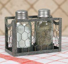 Chicken Wire Mason Jar Salt and Pepper Caddy