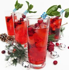 can't forget about cold drinks / cocktails, like the Cranberry Gin Fizz