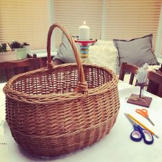 My basket needed a cheerful cover for summer picnics - why be ordinary when it can be stunning?  This is a favourite basket for picnics but it is rather plain s…
