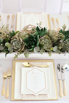Take elegant minimalism to the next level on your wedding day by pairing clean lines of white + gold