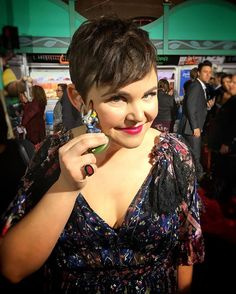 Ginnifer Goodwin poses with her #DisneyInfinity Judy figure at the #Zootopia red carpet