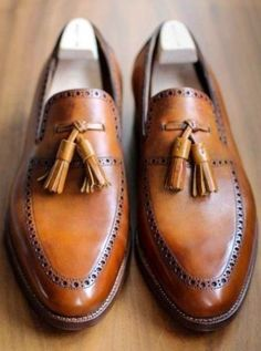elegancia y estilo para hombres. eleganza i stile per uomini. elegance and style for men. moda, shopping, lifestyle.