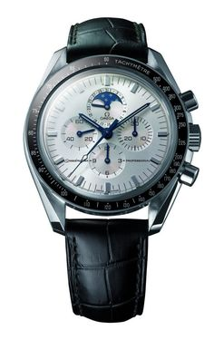 The Omega Speedmaster Apollo 11 was launched in 1999 to mark the anniversary of Apollo Cheap Watches For Men, Affordable Watches, Fine Watches, Cool Watches, Men's Watches, Moonphase Watch, Mens Watch Brands, Authentic Watches, Breitling Watches