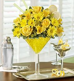 Lemon Martini Bouquet™ is perfect and delivered to your door | 1800flowers.com
