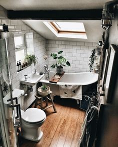 Bathroom Inspiration // Hygge for Home The Perfect Scandinavian Style Home The Perfect Scandinavian Style Home Attic Bathroom, Boho Bathroom, Chic Bathrooms, Bathroom Styling, Bathroom Interior, Modern Bathroom, Small Bathroom, Dream Bathrooms, Bathroom Ideas