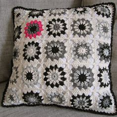 Color 'n Cream Crochet and Dream: Tutorial Flower Square V