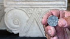 Mysterious remains of 'magnificent' Biblical-era palace discovered in Israel   Fox News King Hezekiah, King Josiah, Solomons Temple, Ancient Greek City, Column Capital, Hebrew School, Archaeology News, Royal Palace, Bury
