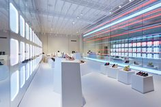Art installations in London's Galeria #Melissa store feature Applelec's LED Light Sheet #london