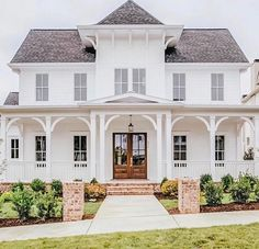 There are many ways to increase the appeal of your home, one of which is by renewing the exterior design of your home. The exterior design of a house you can present in many ways, by changing the architectural style outside the house or by. Style At Home, French Style House, Newport, Brick Steps, Dream House Exterior, Colonial House Exteriors, Colonial House Plans, White House Plans, Exterior Houses
