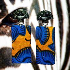 @afrotik brincos e acessórios afros, feitos com tecidos africano