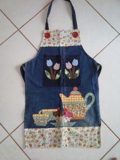 Ne e nin g zdeleri Childrens Apron Pattern, Childrens Aprons, Sewing Hacks, Sewing Crafts, Sewing Projects, Jean Apron, Cute Aprons, Denim Crafts, Sewing Aprons