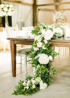 green and white wedding reception tablescape via mustard seed photography / http://www.himisspuff.com/greenery-wedding-color-ideas/5/