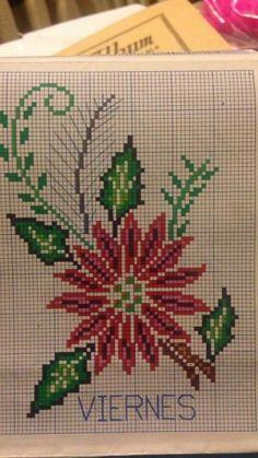 Xmas Cross Stitch, Cross Stitch Borders, Cross Stitch Rose, Cross Stitch Flowers, Cross Stitch Designs, Cross Stitching, Cross Stitch Patterns, Blackwork Embroidery, Cross Stitch Embroidery