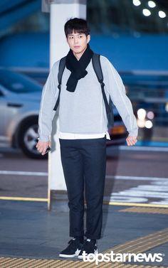 [HD포토] 박보검 현실에는 없는 훈훈한 대학생 패션 #topstarnews