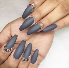 I'm not sure if I could pull this off, all the little stones would probably fall off. But it's so dope!