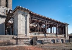 Deserted Places: Michigan Central Station: The most iconic abandoned building of Detroit