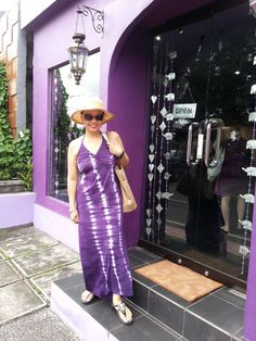 Along Monkey Street I found the Spa in my fav colour too...Purple  is the new Black..huhuhu..