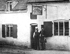 Landlord William Purchase of the Wheatsheaf pub in Bloxwich chats with a local 'Peeler', (Walsall LHC) pixels Walsall, Birches, My Town, Being A Landlord, Old Pictures, Cornwall, Genealogy, Roots, Ireland