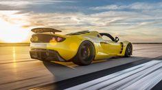 Bugatti Veyron SS Vs Hennessey Venom GT Vs Ferrari La Ferrari Vs