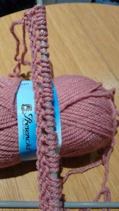 Knitting Help, Crochet Videos, Knit Fashion, Baby Hats, Needlework, Free Pattern, Knitting Patterns, Jersey Bebe, Cable Knit Scarves