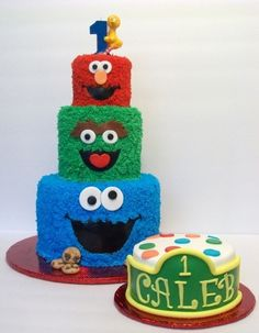 Sesame Street First Birthday By Newfoundlandgirl on CakeCentral.com - cute idea