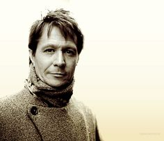 Gary Oldman LOVE. HIM. and NO. i do NOT care that he is like 3 times my age/ thank you very much! ;)