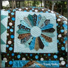 Joanie's Trendy Quilts