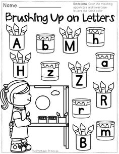 FREEBIE! A packet of no-prep activities perfect for the first few weeks of Kindergarten.