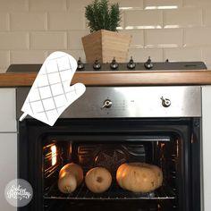 Zucca al forno intera: come cuocere la zucca in un attimo, senza fatica e senza sprechi